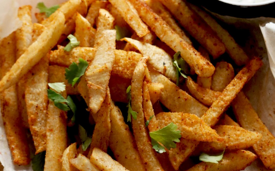 Spicy Baked Jicama Fries With Dill Yogurt Dip4 min read