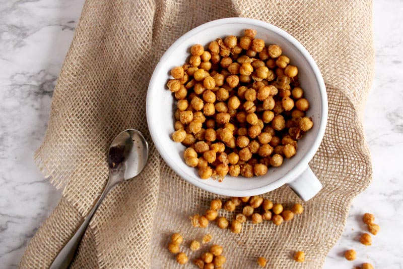 Chili Garlic Roasted Chickpeas3 min read