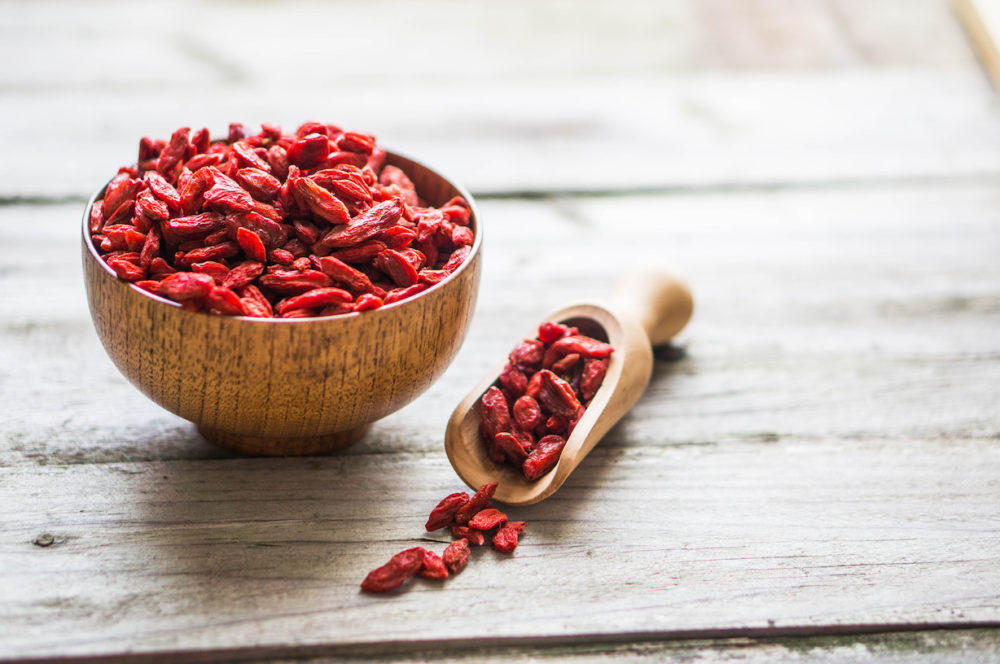 10 Incredible Benefits of Goji Berries…and Surprising Ways to Eat Them6 min read