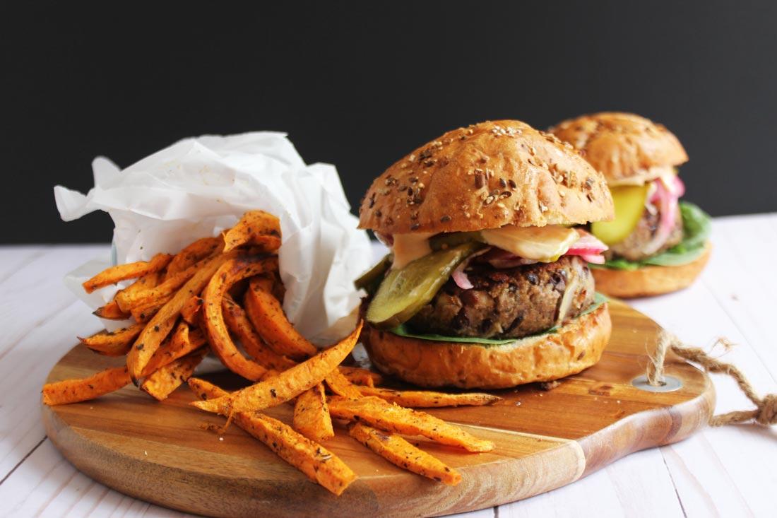 10 Blood Sugar Balancing Meals To Crush Sugar Cravings9 min read