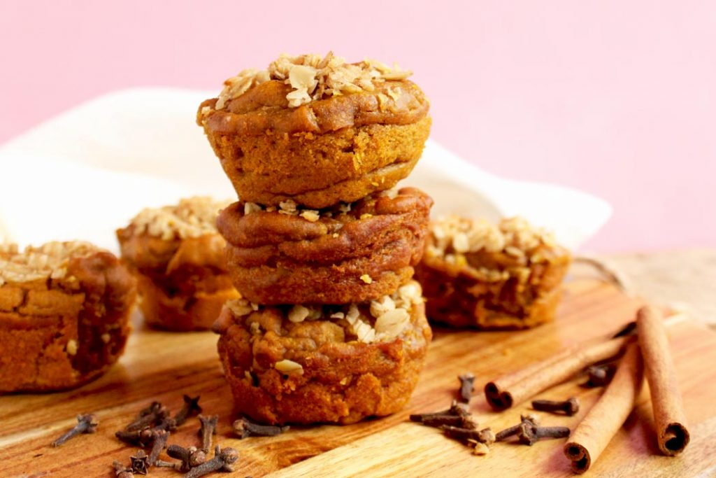 Healthy pumpkin spiced blender muffins