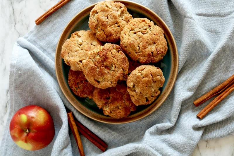 Simple Grain-Free Apple Pie Snickerdoodle Cookies