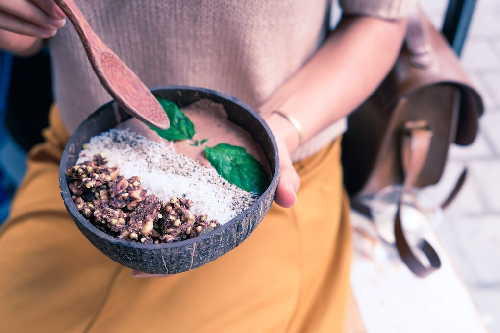 Healthy Chocolate Oatmeal Bowl