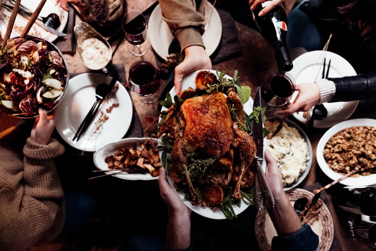 Food and Drink Pairings for Your Holiday Festivities